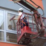 Мытьё остекления зданий любой сложности